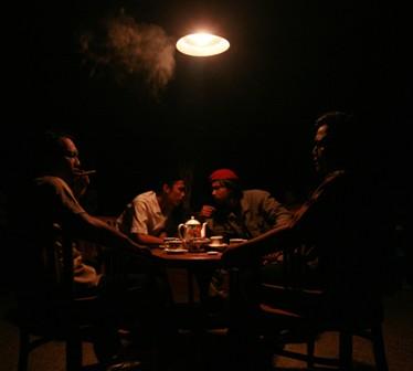 Makan Malam Jahanam [foto: Arif Slam Nugroho]